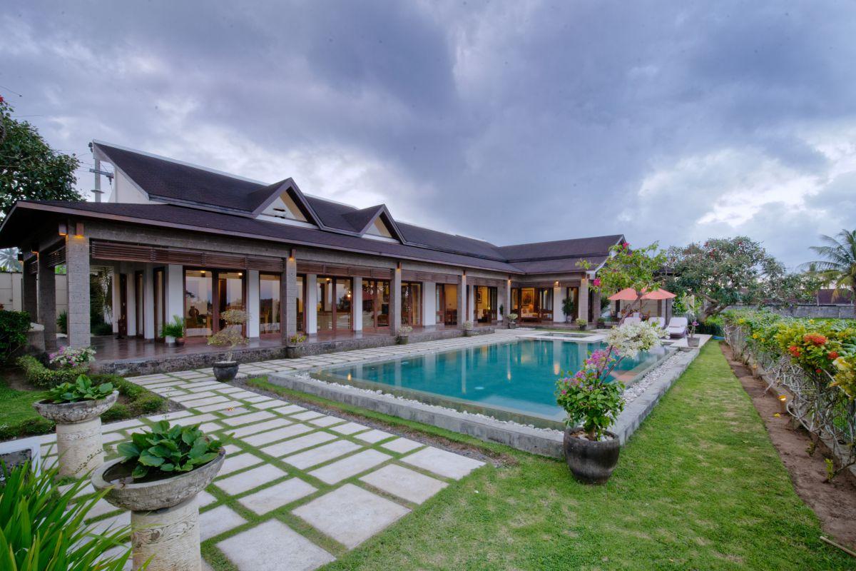 villa griya aditi view from front door1