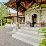 take a rest at terrace villa cemadik2