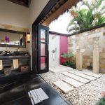 shower at villa rumah lotus
