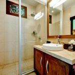 bathroom design at jepun room villa cemadik3