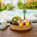 relax your body , mind and soul after swimming with fresh juice at villa cemadik