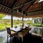 dinning room with valley view at villa kelusa pondok sapi