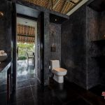 bathroom at villa kelusa pondok sapi 9