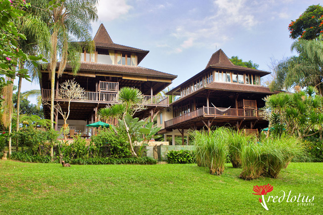 Beautiful Villa Atas Awan that Family Friendly