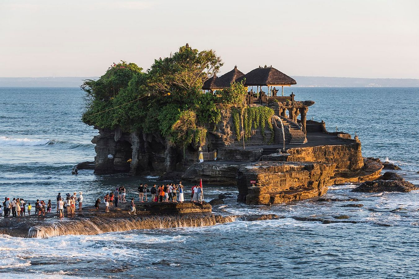 Things to visit in Bali Tanah Lot Temple