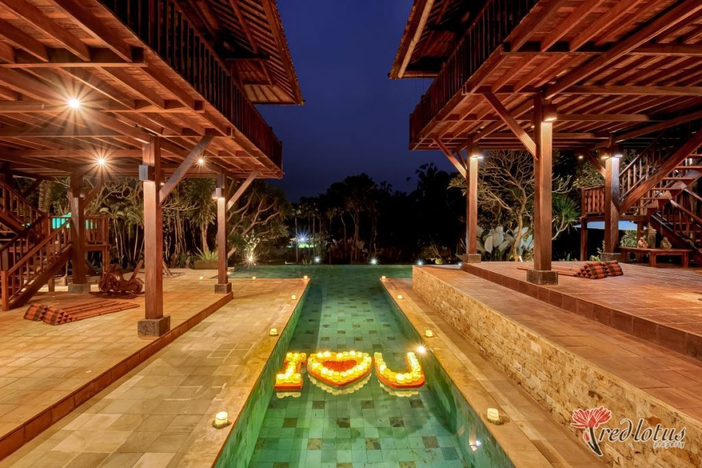 Villa Atas Awan - Romantic villa for honeymoon