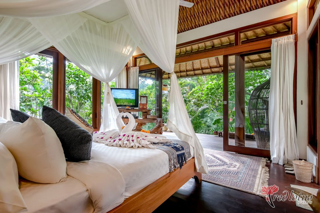 Umah Shanti - villa for honeymoon
