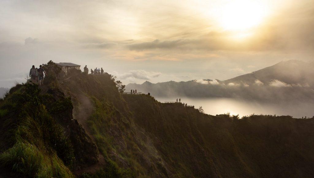 Valentine Ideas 2021: Hiking together