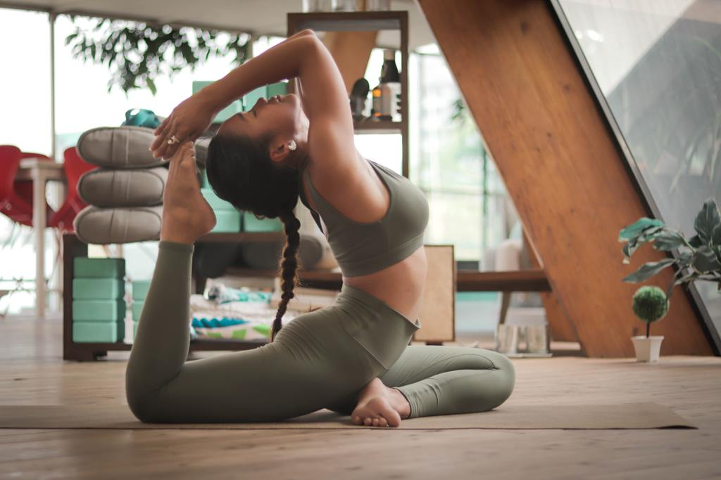 Pack Yoga outfit for retreat